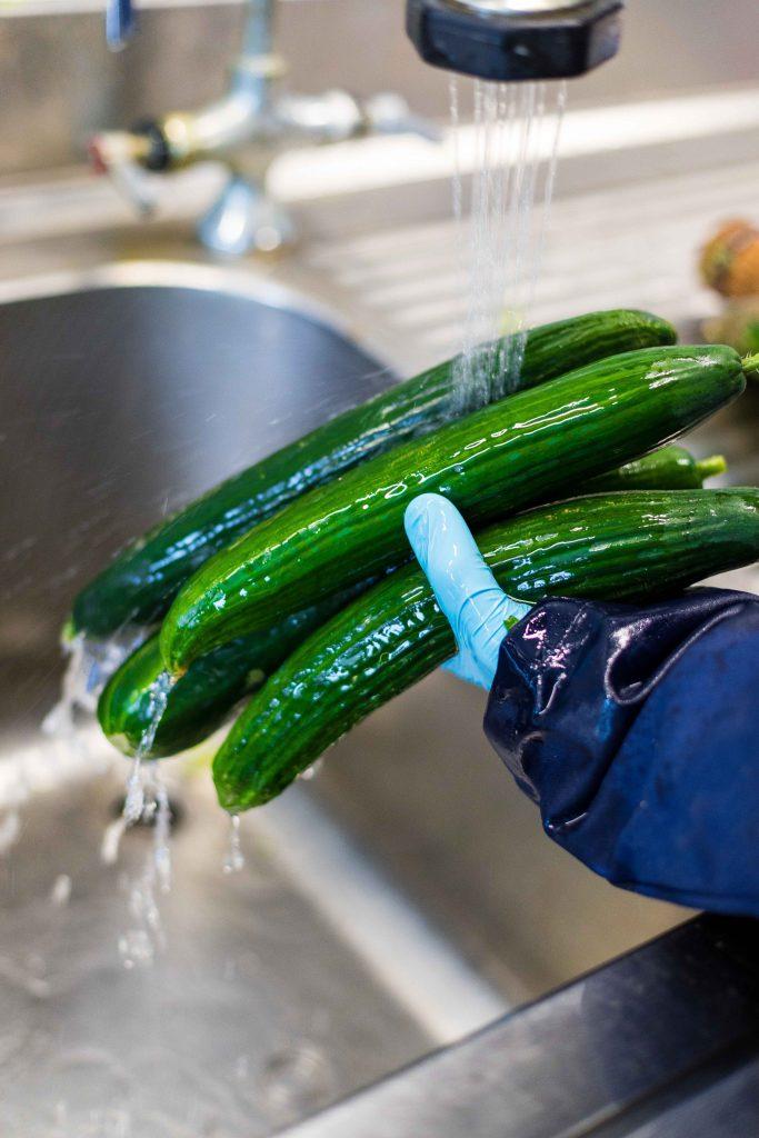 komkommer wassen